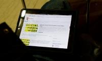 social_media_week_0033